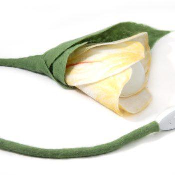 ночник ручной работы из войлока цветок