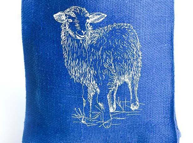 """льняная подарочная сумка с рисунком """"овечки"""", сувенир из войлока к году овцы"""