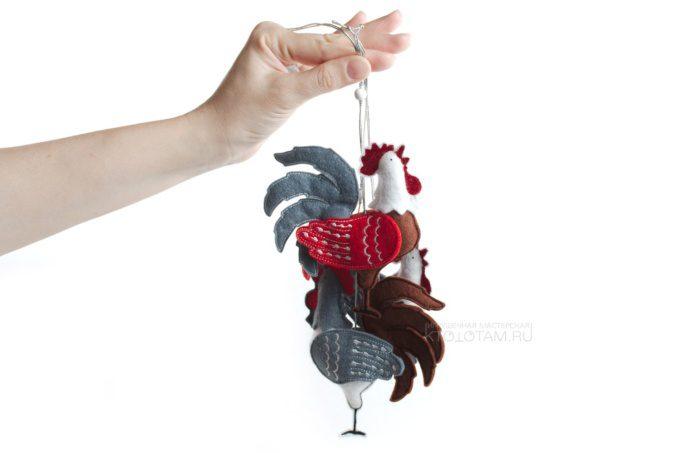 петушок, мягкая елочная игрушка из фетра с аппликацией, производство на заказ с логотипом в корпоративных цветах заказчика, коллекция символов года 2017 Петуха, Курицы