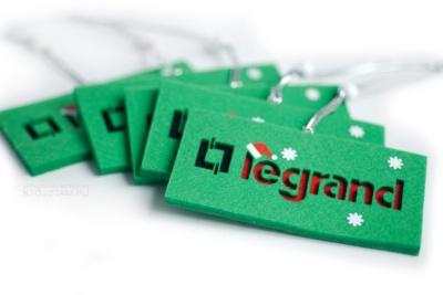подарочные новогодние игрушки из войлока, фетровые новогодние подарки игрушки, новогодние игрушки ручной работы по эскизу заказчика в подарок