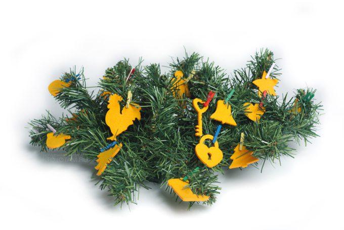 фетровые фигурки для создания гирлянды, подарочные новогодние игрушки из войлока, фетровые новогодние подарки игрушки, новогодние игрушки ручной работы в подарок