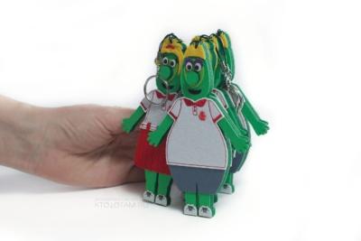 брелок корпоративный персонаж из фетра, маскот, символ компании на заказ, корпоративный талисман на заказ по макету
