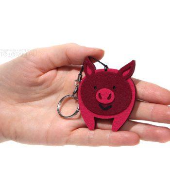 брелок из фетра свинка, год свиньи кабана 2019 сувениры, купить сувениры с символом 2019 года, символы 2019 года сувениры, сувенир свинья 2019, сувенир символ 2019 года