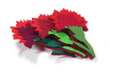брошка цветок гвоздика на заказ из фетра