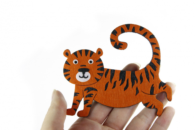 тигр из фетра на елку купить новогодние подарки символы года с логотипом на заказ из фетра