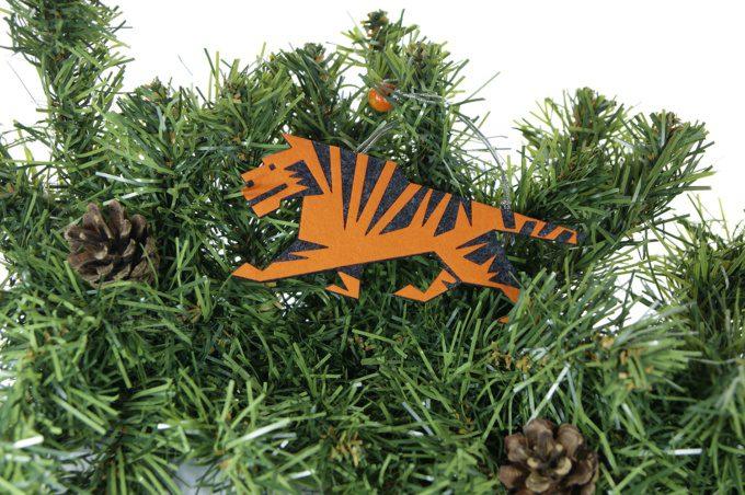 промо сувениры символы года тигра ёлочные игрушки с логотипом на заказ из фетра